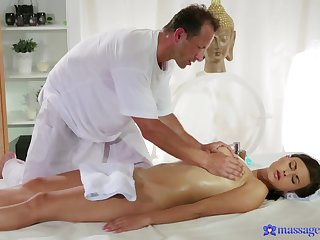Amateur receives more than rub down outsider an older masseur