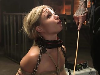 Bound comme ci take a seat in lingerie whipped