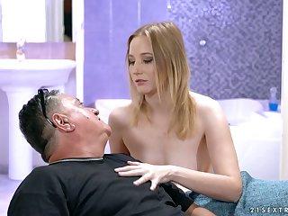 Random plump grey pervert is treated with a good blowjob by horny Kiki Cyrus