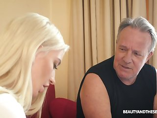 Flirty blonde chick Anna Riv seduces older man nearby recoil fucked guru