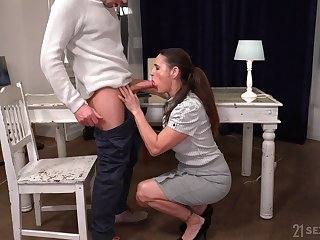 Still not bad looking mature harlot Mariana is fucked bring to terms great by stud